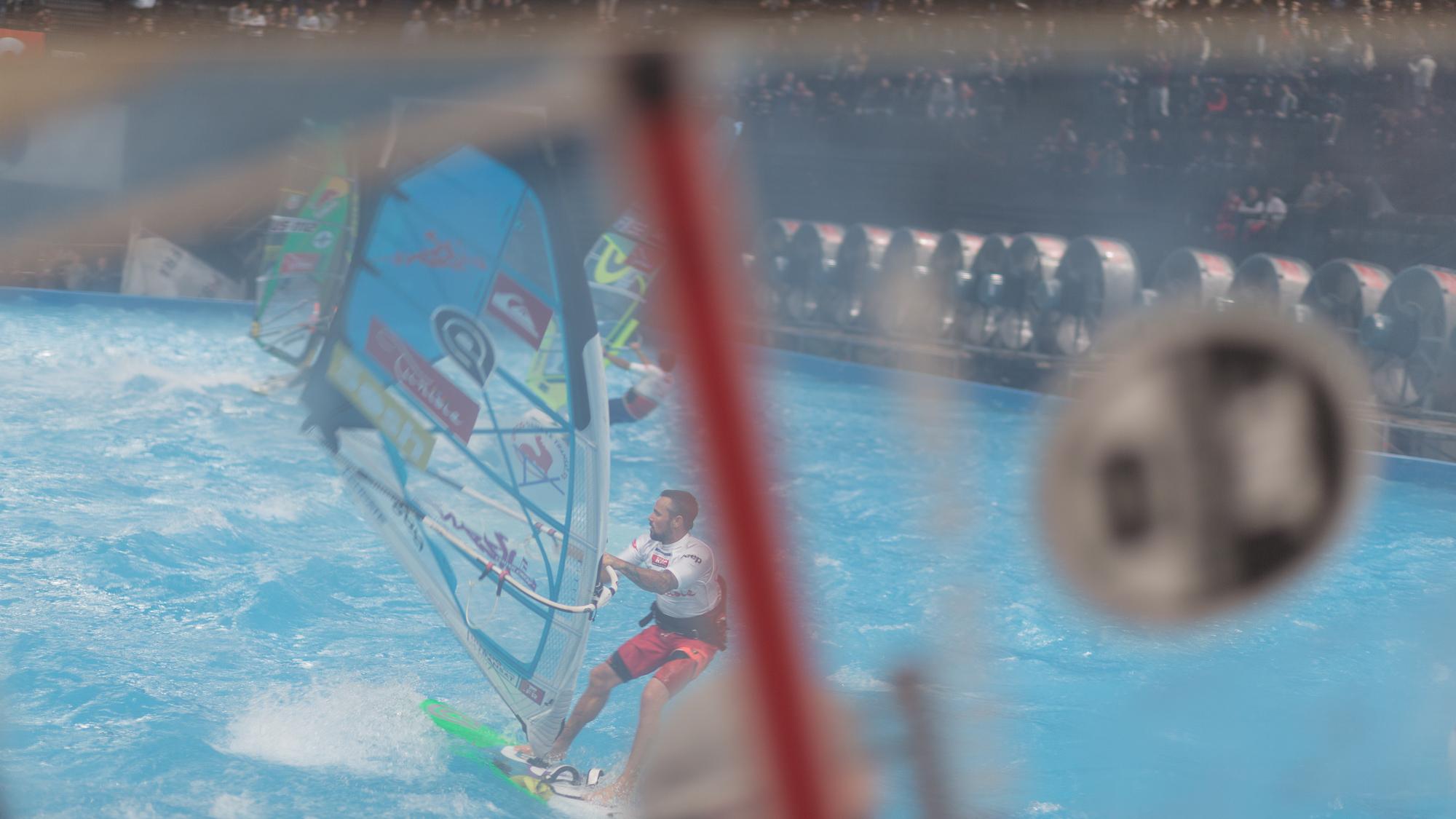Indoor-windsurf-2