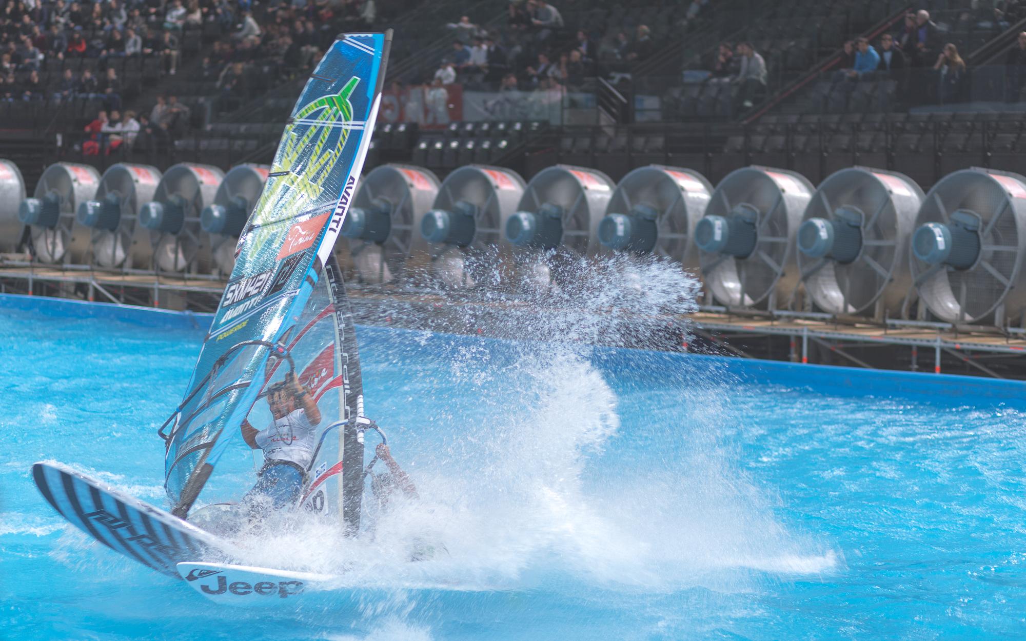 Indoor-windsurf-3