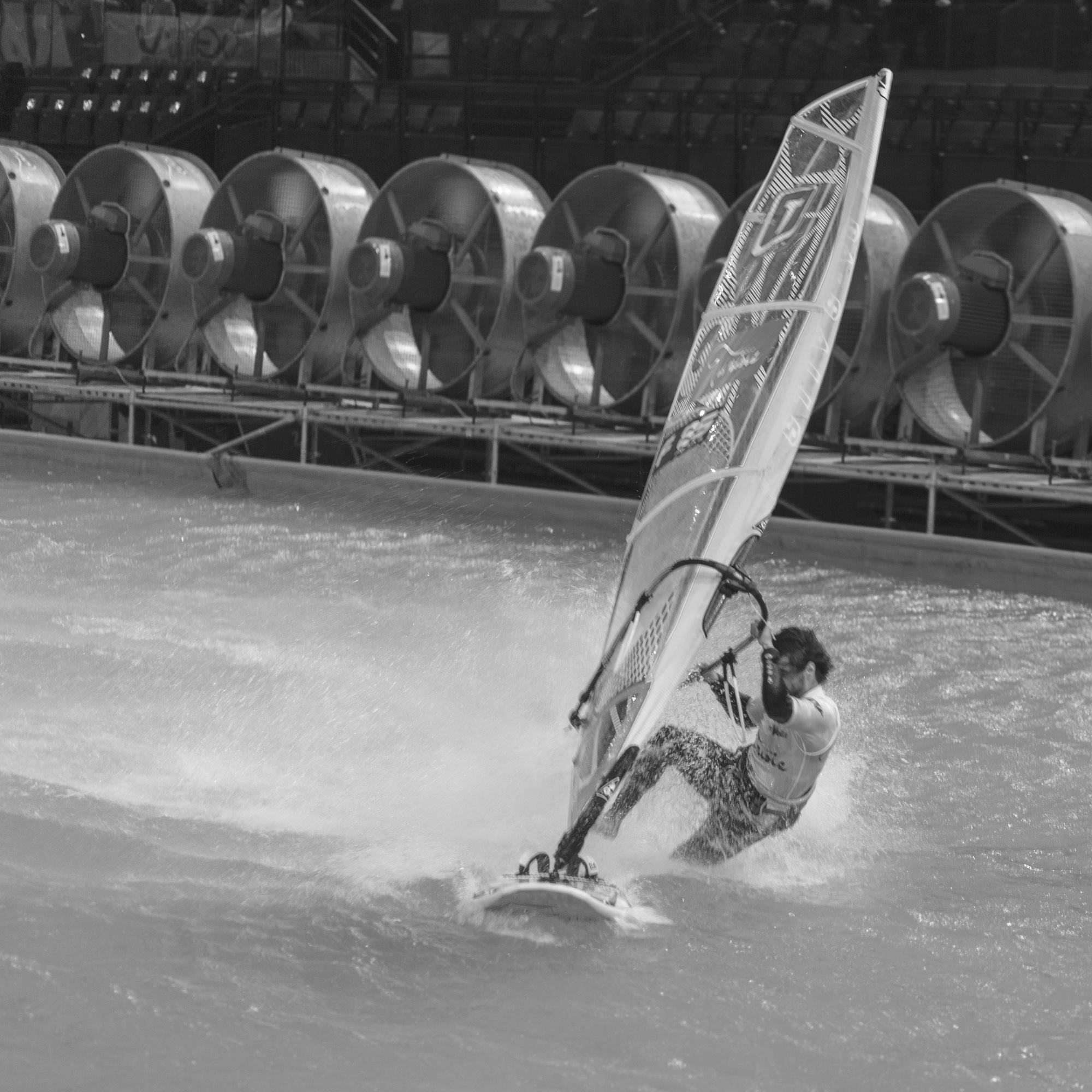 Indoor-windsurf-5